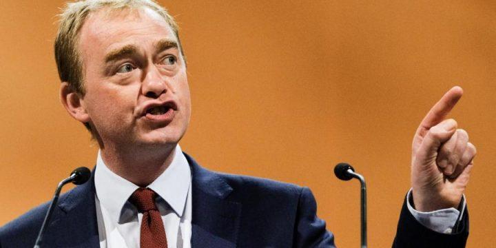 Liberal Democrats demand international treaty on plastics